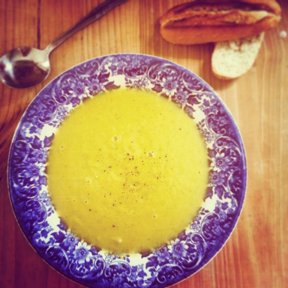 Creamy Cauliflower, Broccoli and Spring Onion Soup ...